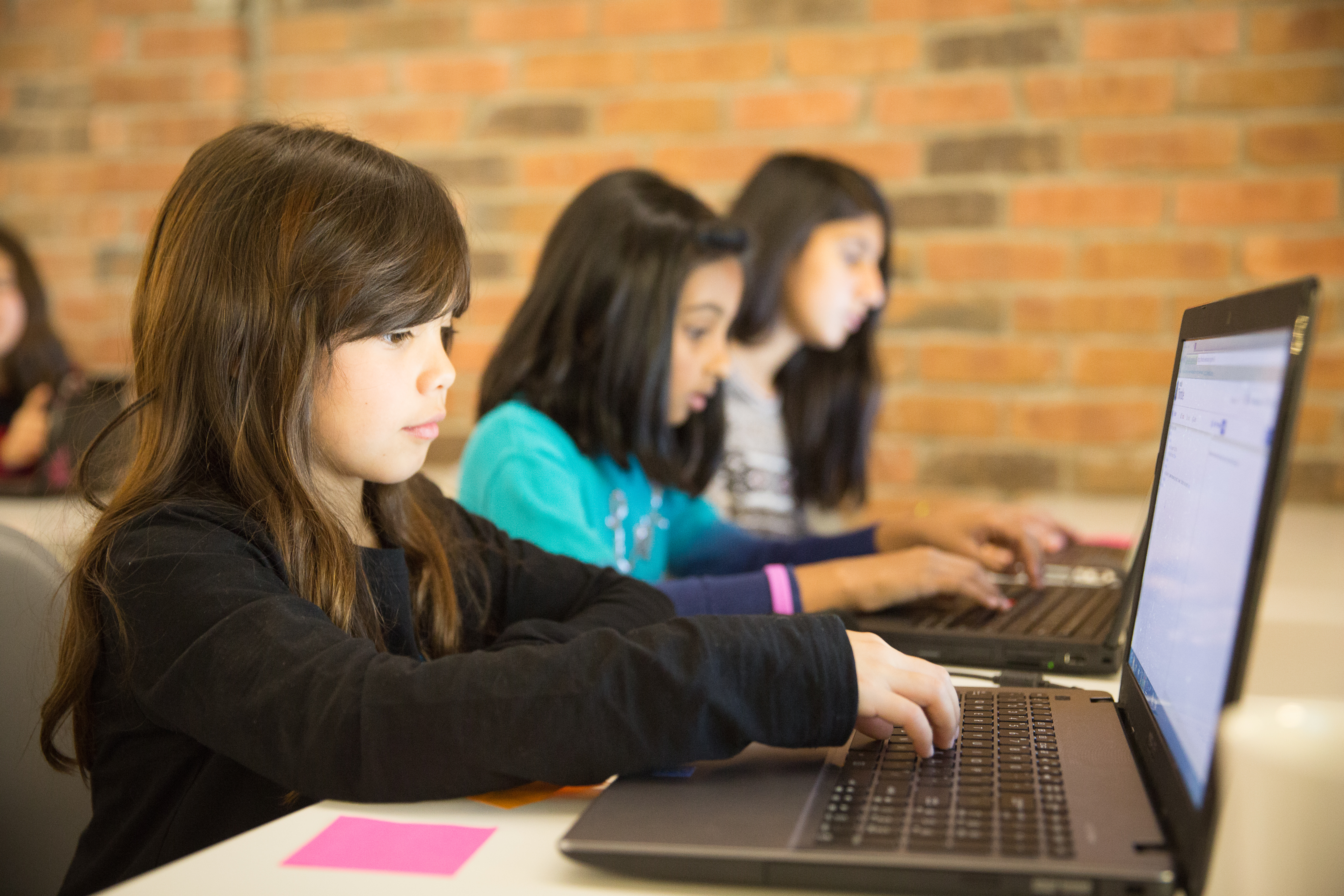 Girls Learning Code: Another Fabulous March Break Camp