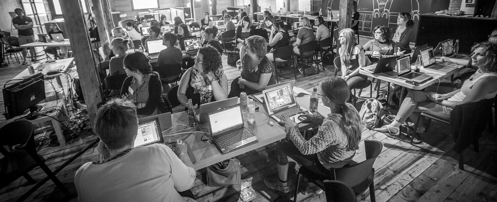 Building Solutions with Tech at our Teens Learning Code Hackathon