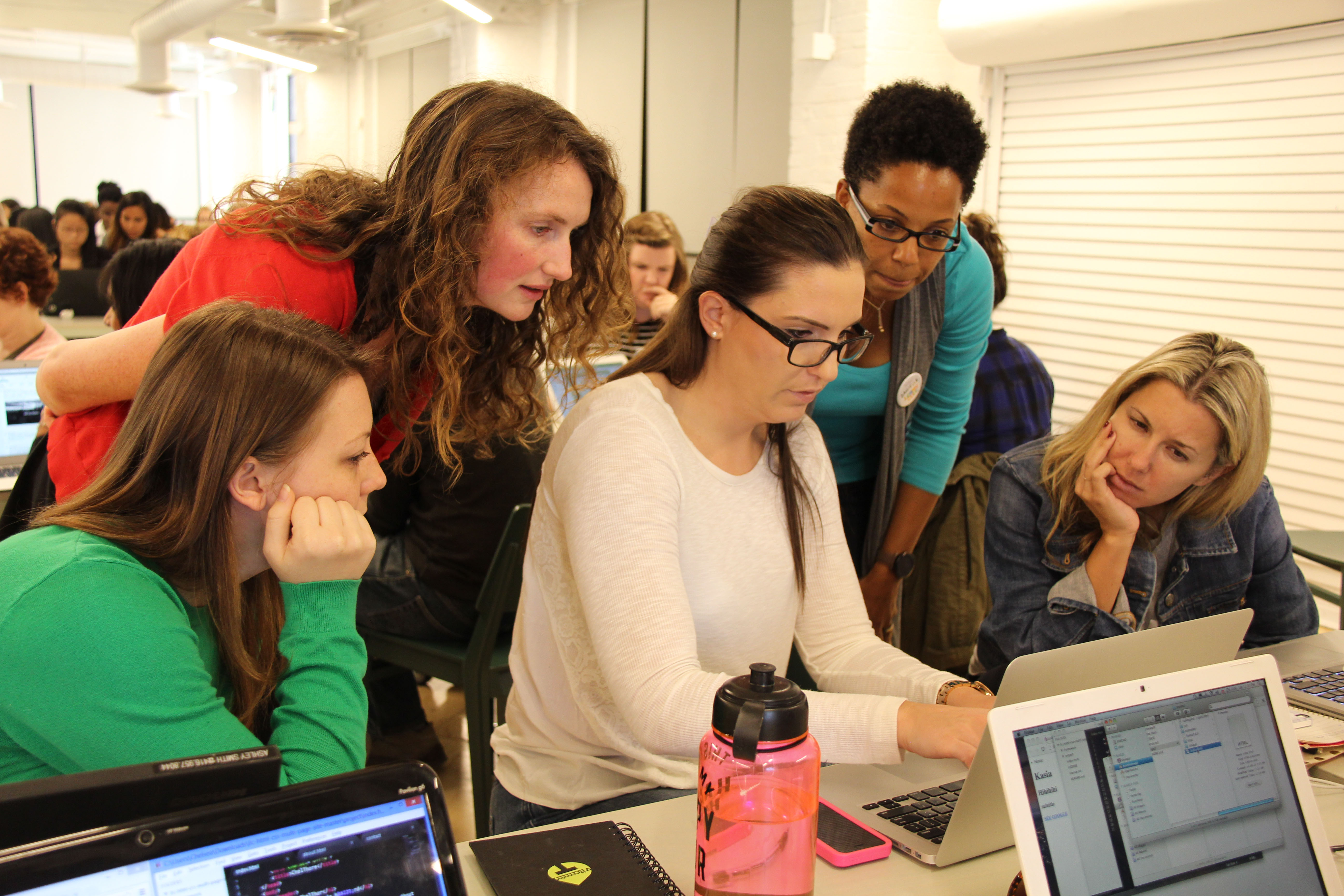 What does it mean to be a Ladies Learning Code Mentor?